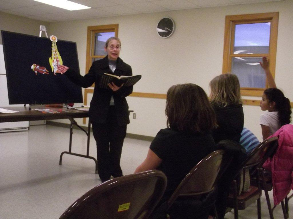 Kings Club Julia teaching